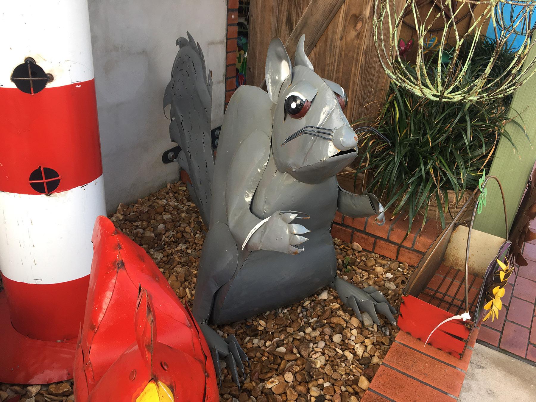 Welded metal squirrel